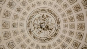 plafond-fleuri-versailles