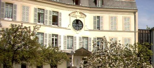 Cour-intérieure-Maison-retraite-Soeurs-Augustines Versailles